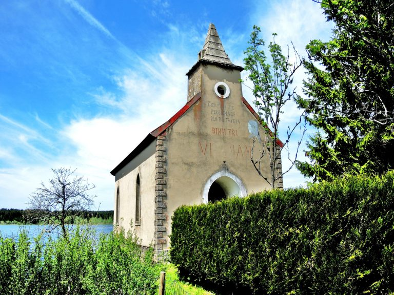 Chapelle de l'Étang - Commons